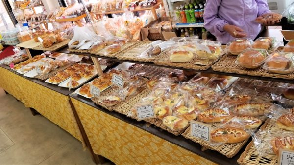 アグリパーク竜王の焼き立てパン