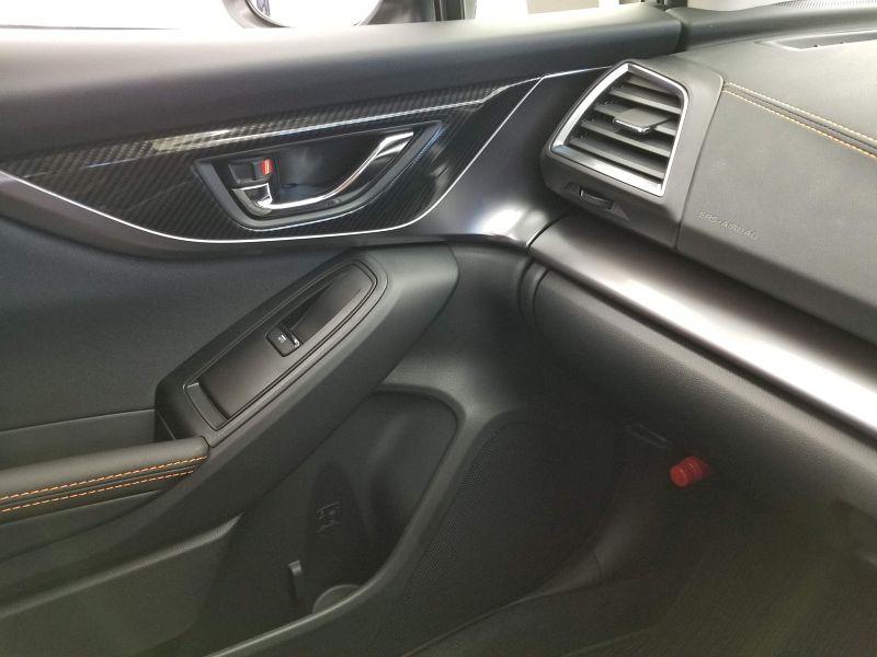 スバルXVの助手席ドアパネル