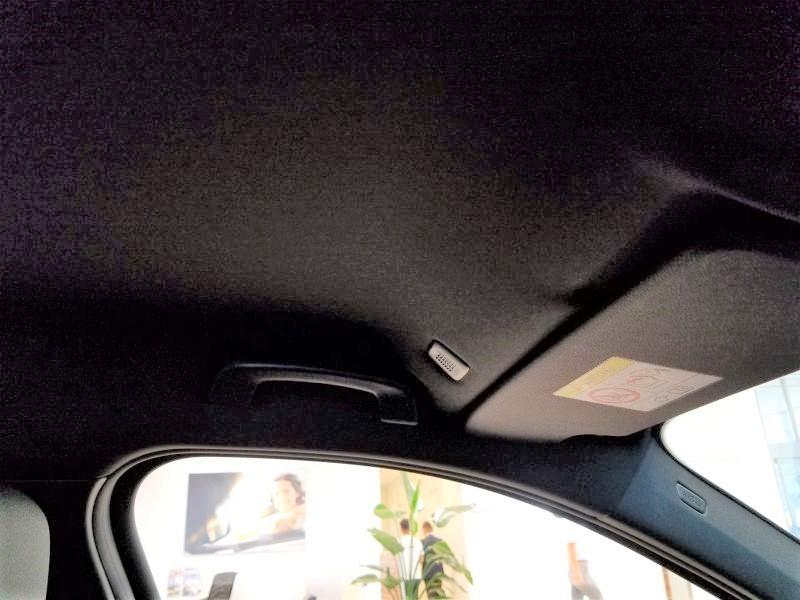 BMW新型1シリーズのルーフ