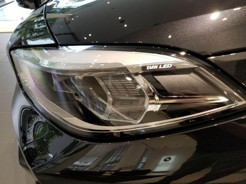 BMW新型1シリーズのヘッドライト