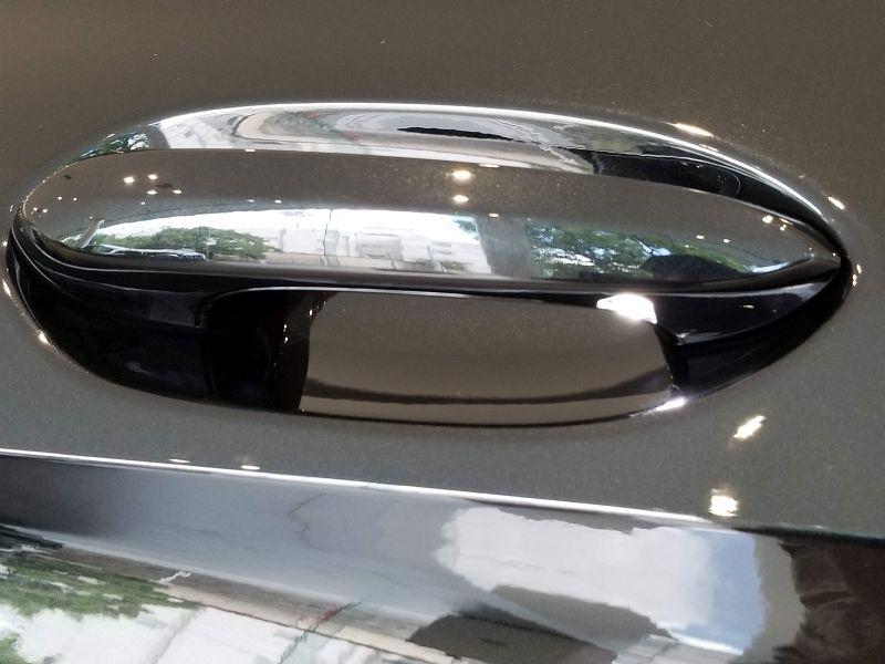 BMW新型1シリーズのドアハンドル