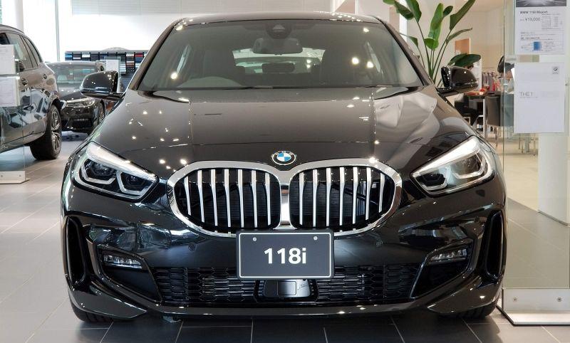 BMW新型1シリーズのフロントマスク