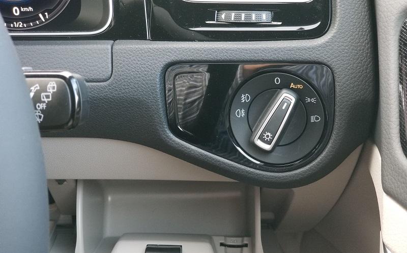 VWゴルフのライトスイッチ
