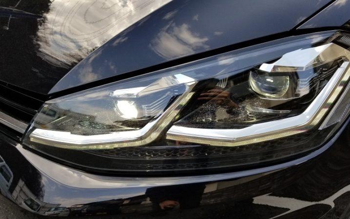 VWゴルフのヘッドライト