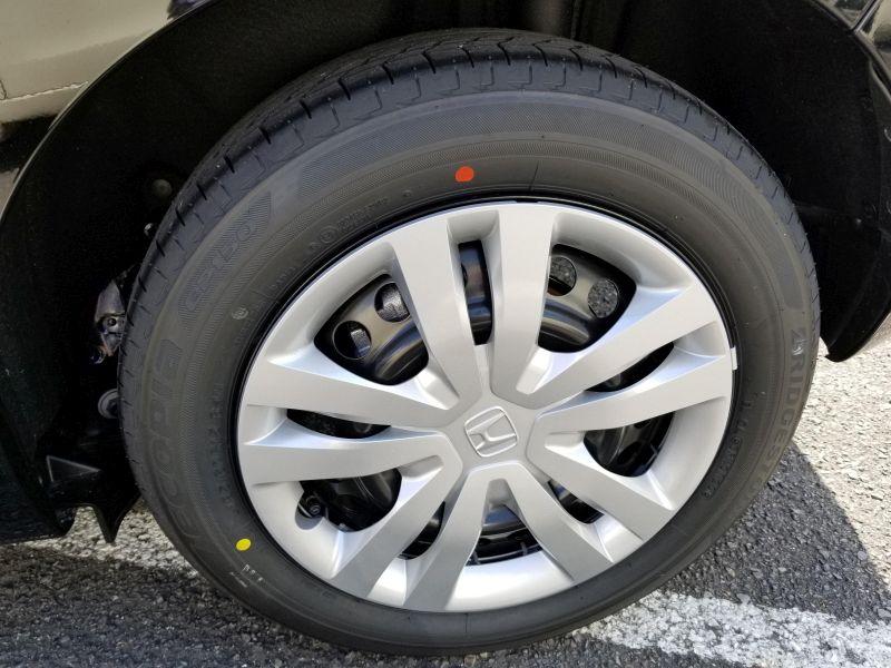 新型フィットのタイヤ