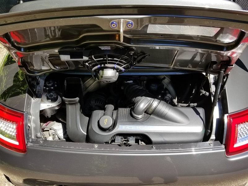 ポルシェ911カレラSのエンジン