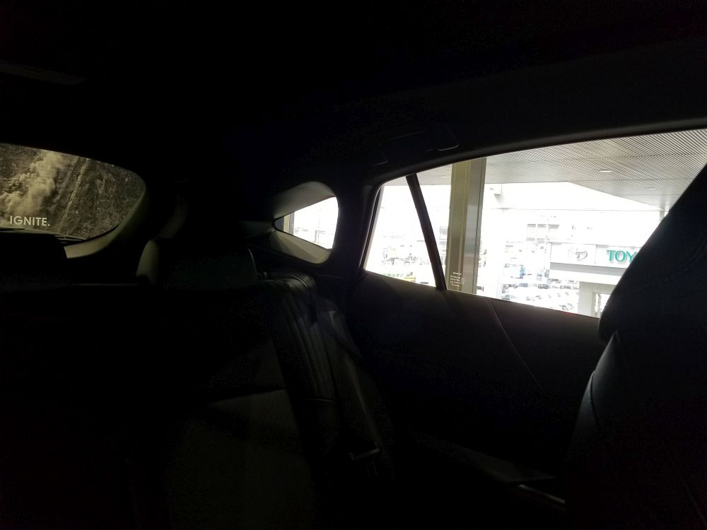 新型ハリアーの左後方視界