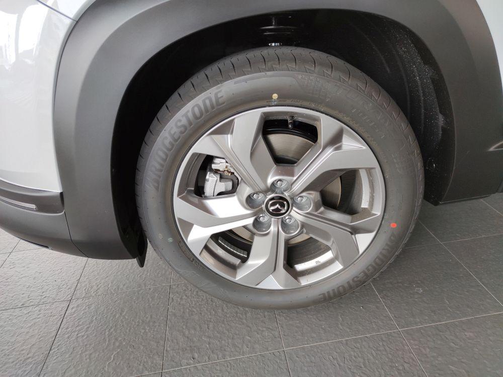 MX-30 EVのタイヤ