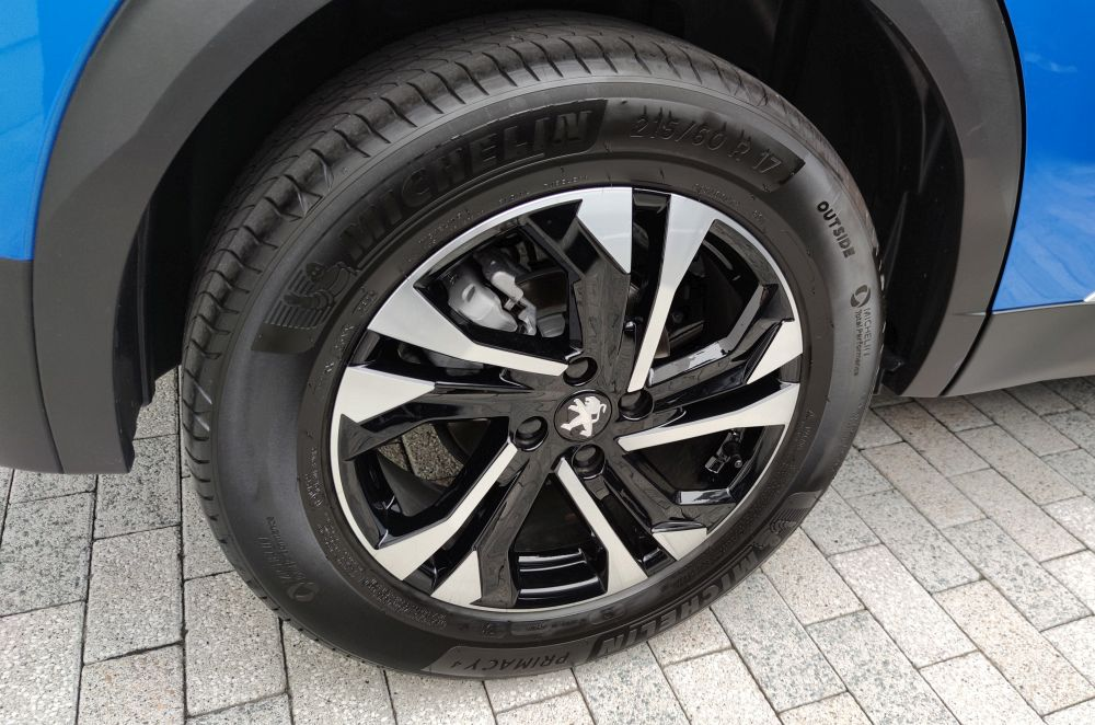 2008GTの標準装着タイヤ